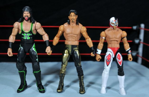 Eddie Guerrero Hall of Fame figure review - scale shot with X-Pac and Rey