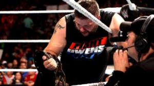 WWE Elimination Chamber 2015 - Kevin Owens beat John Cena