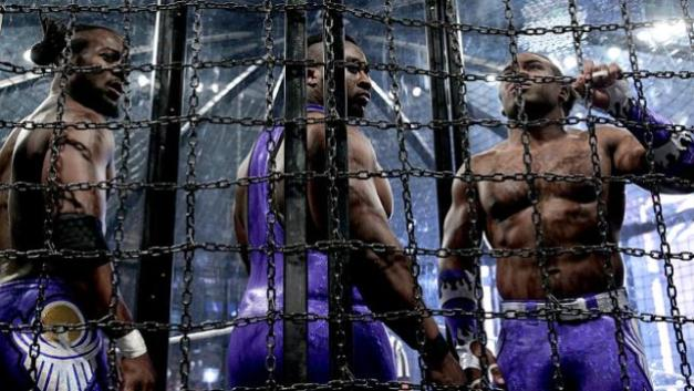 WWE Elimination Chamber 2015 - New Day in the pod