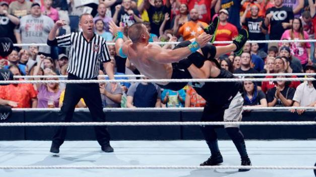 WWE Money in the Bank 2015 - Owens powerbombs Cena