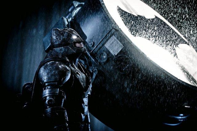 Batman v Superman Dawn of Justice - Batman at Batsignal