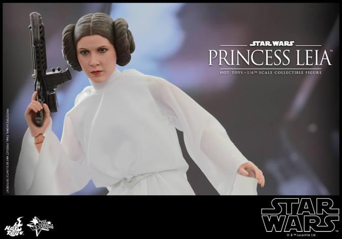 Princess Leia gets Hot Toys figure treatment