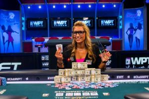 big-brother-17-vanessa-rousso-poker player