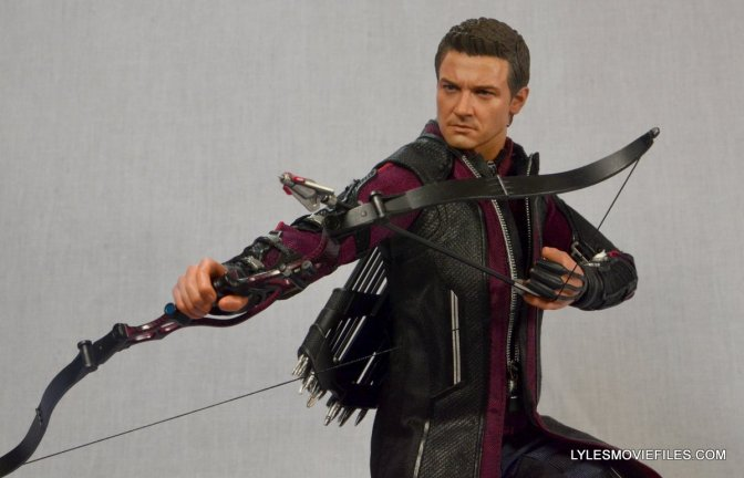 Hot Toys Hawkeye Avengers Age of Ultron figure review