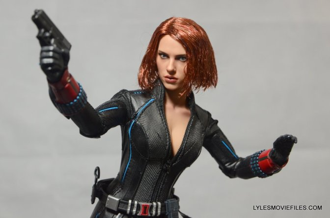 Black Widow figure review Hot Toys Avengers Age of Ultron