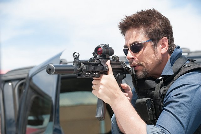 Sicario review – drug thriller is a cinematic high