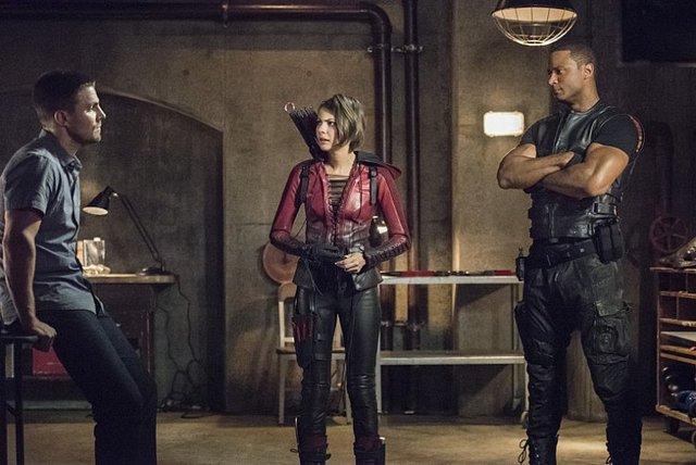 Arrow - Season 4 - Green Arrow - Oliver, Thea and Diggle