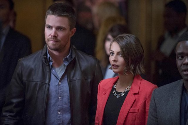Arrow - The Candidate -Oliver and Thea