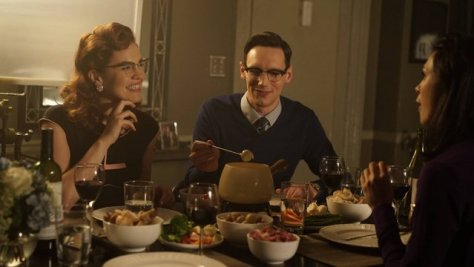 "GOTHAM: L-R: Chelsea Spack and Cory Michael Smith in the ""Rise of the Villains: Scarification"" episode of GOTHAM airing Monday, Oct. 19 (8:00-9:00 PM ET/PT) on FOX. ©2015 Fox Broadcasting Co. Cr: FOX."