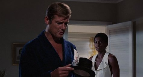 live-and-let-die-roger-moore and gloria heardly