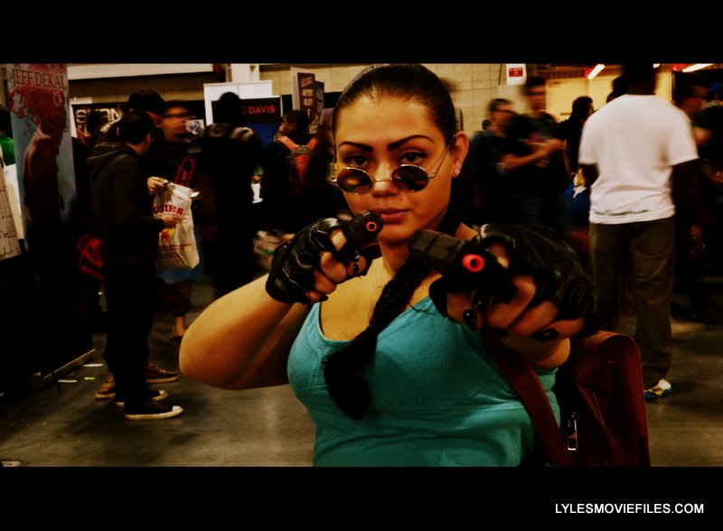 New York Comic Con 2015 cosplay -Lara Croft widescreen
