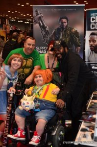 NYCC'15 - Chad L Coleman with fan