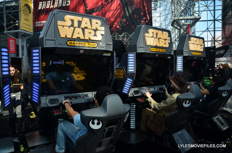 NYCC'15 Star Wars Battle Pod