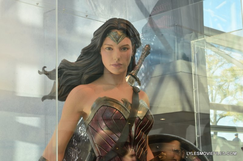 NYCC'15 -Wonder Woman suit from Batman v Superman