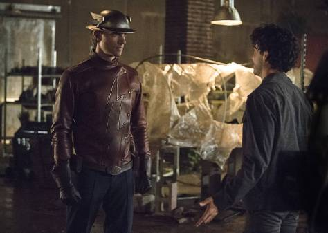 The Flash - Flash of Two Worlds - Jay Garrick vs Sand Demon