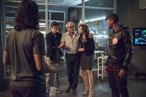 The Flash - Fury of Firestorm - Cisco, Barry, Stein, Caitlin and Jax