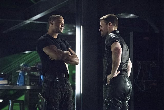 Arrow - Brotherhood -Diggle and Oliver