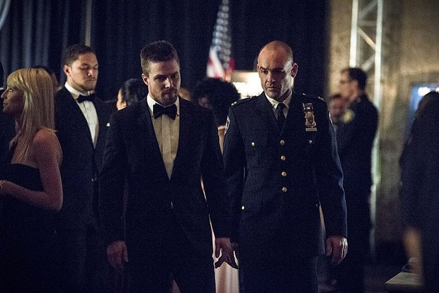 Arrow - Brotherhood - Oliver and Lance