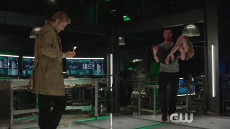 Arrow - Haunted - Constantine, Oliver and Sara
