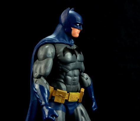 batman-icons-action-figure-last-rites-dcc-side profile