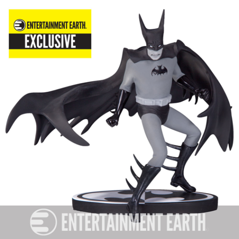 batman-statue-black-and-white