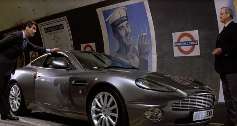 Die Another Day - Bond, Q and the Vanquish