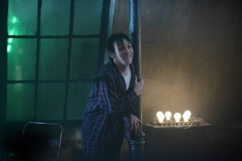 """GOTHAM: L-R: Robin Lord Taylor in the """"Rise of the Villains: A Bitter Pill to Swallow"""" episode of GOTHAM airing Monday, Nov. 16 (8:00-9:00 PM ET/PT) on FOX. ©2015 Fox Broadcasting Co. Cr: Nicole Rivelli/ FOX"""