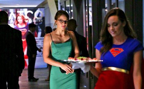 supergirl-fight-or-flight-kara-at-party