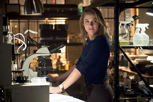 The Flash - Gorilla Warfare -Patty Spivot