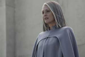 The Hunger Games Mockingjay Part II - Julianne Moore as Alma Coin