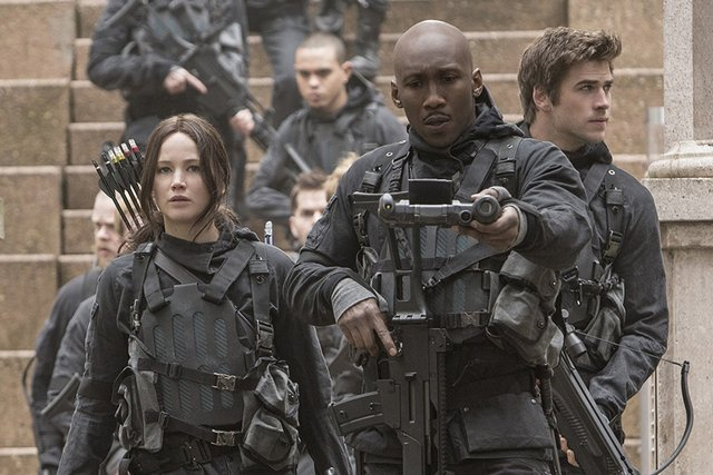 The Hunger Games Mockingjay Part II - Katniss, Boggs and Gale