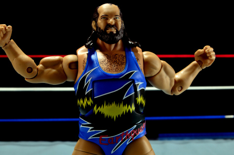wwe-mattel-earthquake-wide-pose