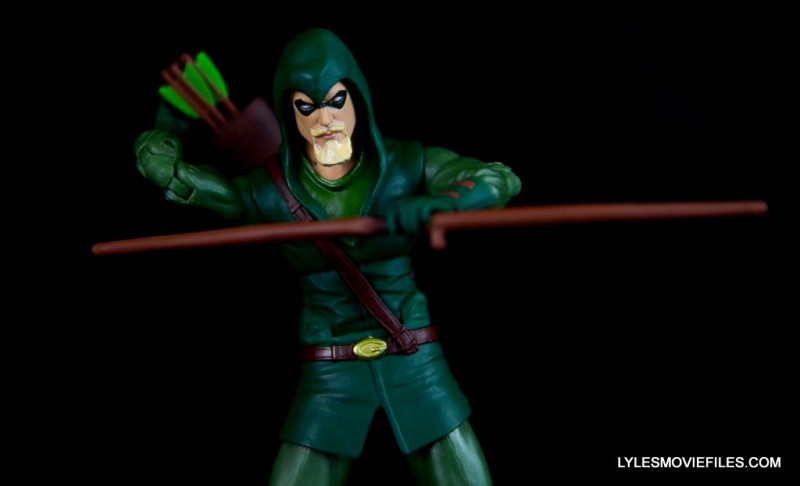dc-icons-green-arrow-longbow-hunters-figure-review-reaching-for-arrow