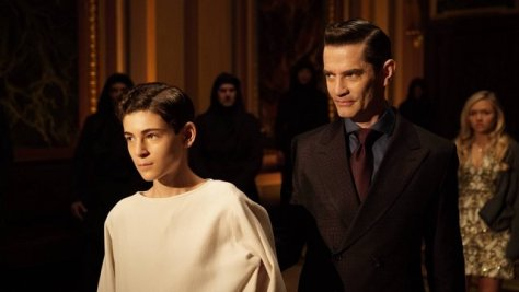 GOTHAM: L-R: David Mazouz and James Frain in the ÒRise of the Villains: Worse Than A CrimeÓ episode of GOTHAM airing Monday, Nov. 30 (8:00-9:00 PM ET/PT) on FOX. ©2015 Fox Broadcasting Co. Cr: Nicole Rivelli/ FOX