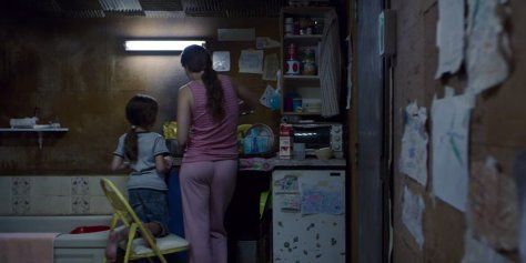 room-movie-2015-brie larson-jacob-temblay-cooking